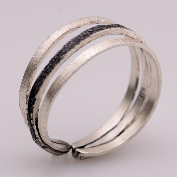 Δαχτυλίδι ασήμι 925° χειροποίητο οξειδωμένο σφυρήλατο BAT-D73B