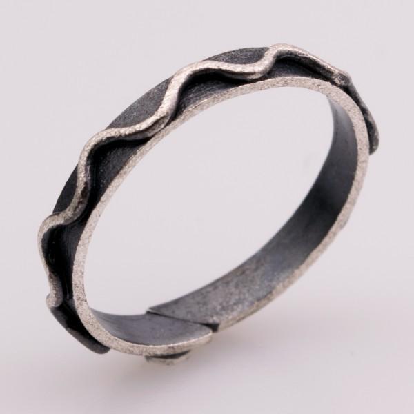 Δαχτυλίδι ασήμι 925° χειροποίητο οξειδωμένο BAT-D86B