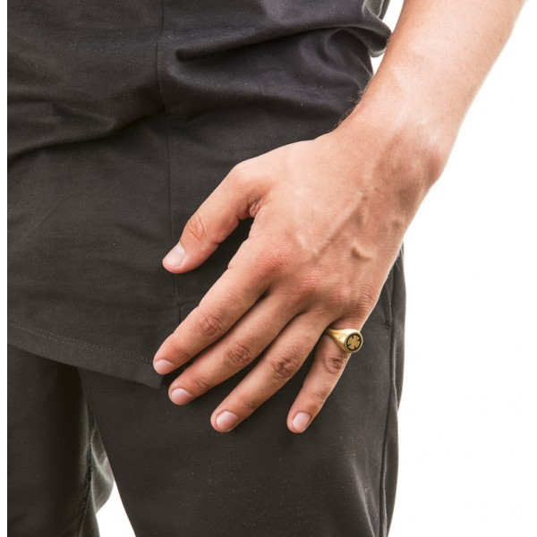 Honor Omano Maltese Cross Δαχτυλίδι από ασήμι 925° και μαύρο σμάλτο HON-SR041SB