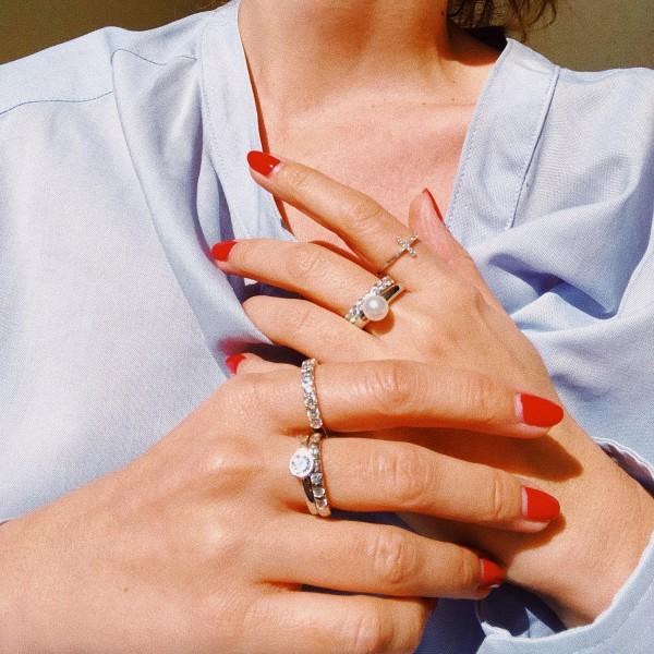 Δαχτυλίδι ασήμι 925 επιπλατινωμένο με μαργαριτάρι GRE-41141