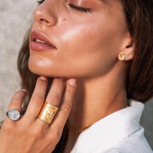 Vassia Kostara Σκουλαρίκια καρφωτά κοχύλια ασήμι 925 επιχρυσωμένο GRE-61063