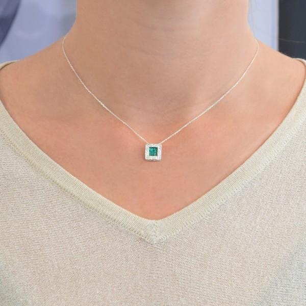 Χειροποίητο Μενταγιόν τετράγωνο ασήμι 950 επιπλατινωμένο με πράσινο σμάλτο KON-Α34M5