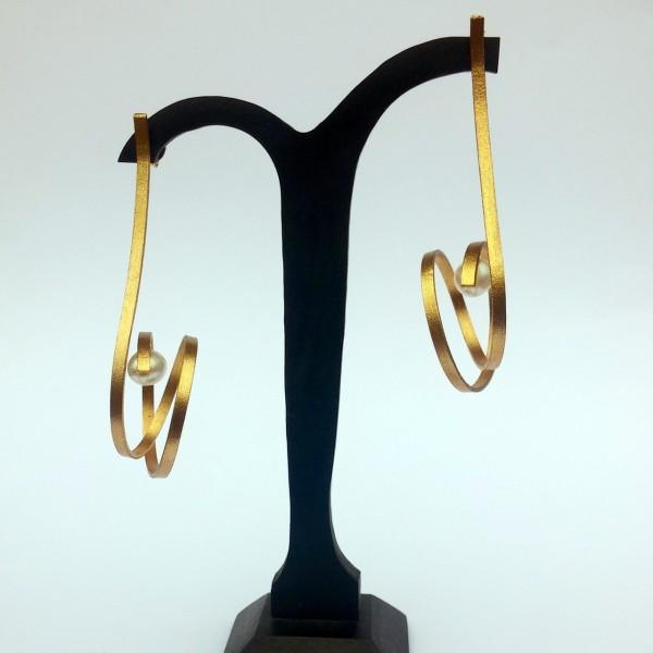 Σκουλαρίκια κρεμαστά ασήμι 925 χειροποίητα επιχρυσωμένα με πέρλα
