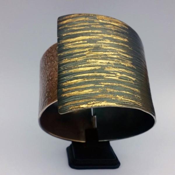 Βραχιόλι 18Κ χρυσό χειροποίητο δεμένο με ασήμι 925 σφυρήλατο οξειδωμένο
